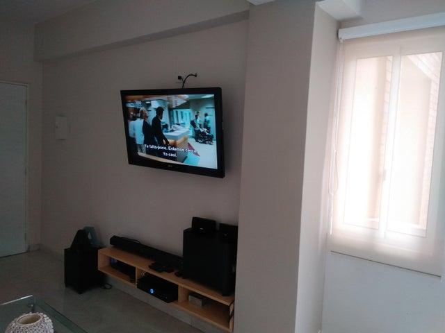 Apartamento Carabobo>Valencia>El Parral - Venta:60.000 Precio Referencial - codigo: 20-877