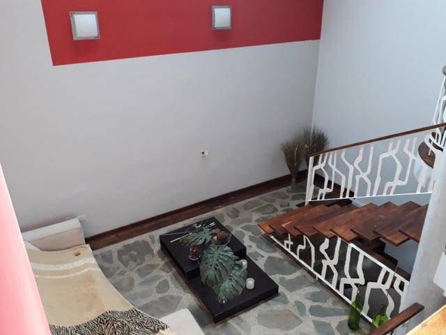 Townhouse Carabobo>Municipio Naguanagua>Manantial - Venta:80.000 Precio Referencial - codigo: 20-879