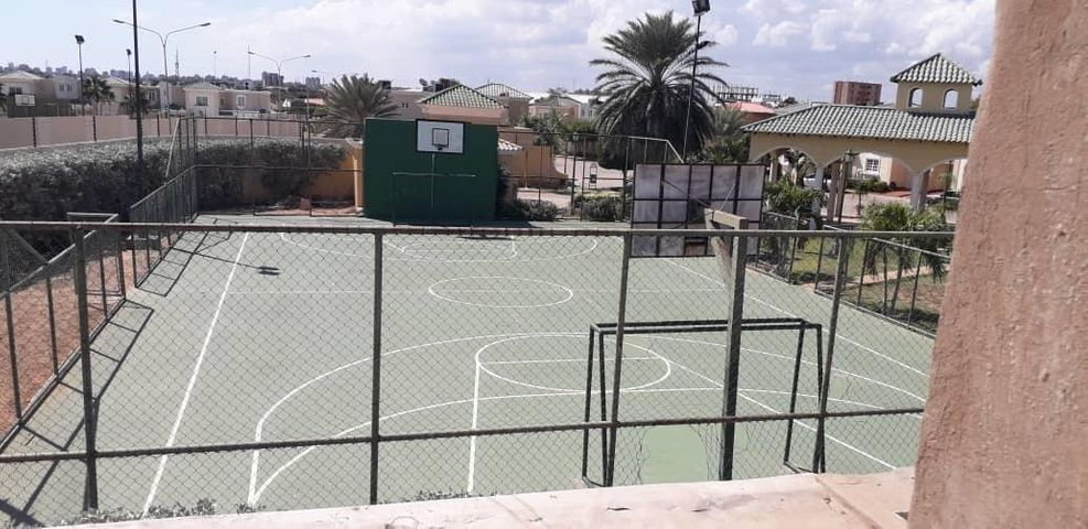 Townhouse Zulia>Maracaibo>Avenida Milagro Norte - Venta:42.000 Precio Referencial - codigo: 19-12881