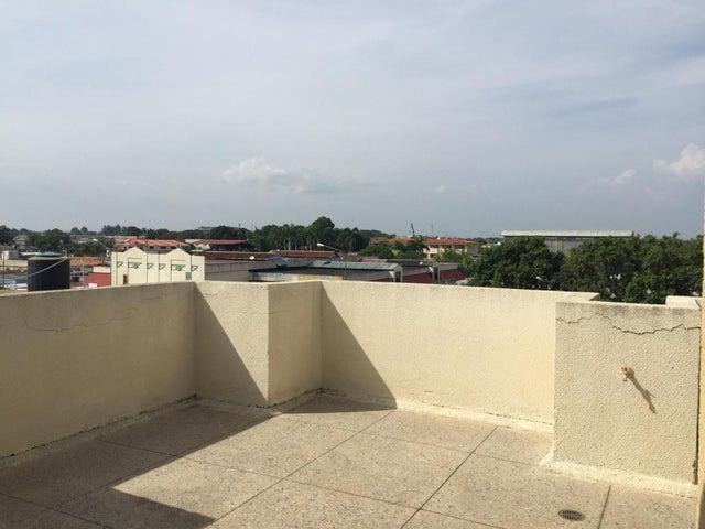 Apartamento Zulia>Ciudad Ojeda>Bermudez - Venta:23.000 Precio Referencial - codigo: 20-998