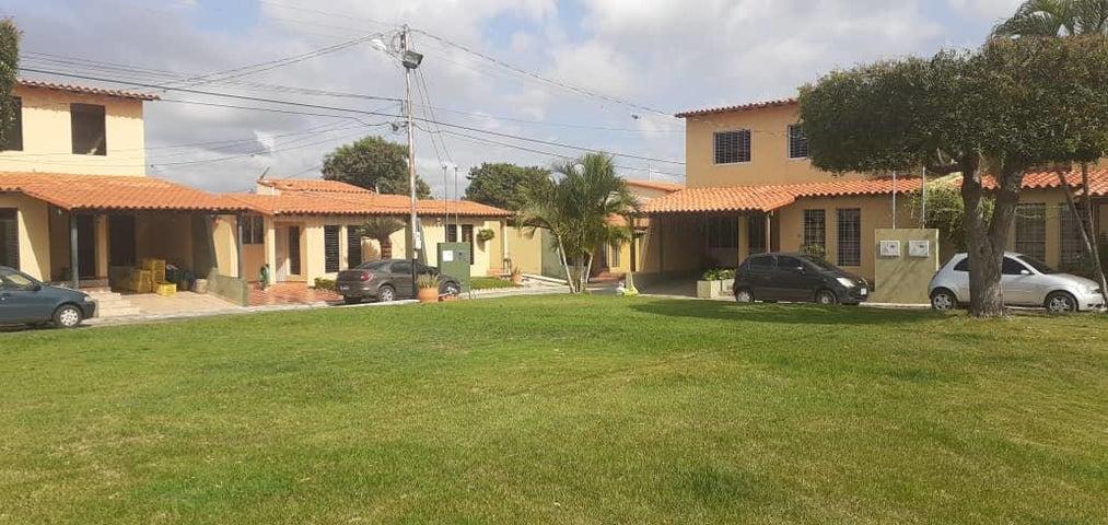 Casa Lara>Cabudare>La Piedad Norte - Venta:35.000 Precio Referencial - codigo: 20-1021
