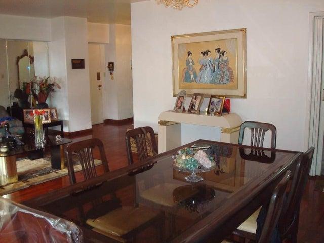 Apartamento Distrito Metropolitano>Caracas>Los Dos Caminos - Venta:75.000 Precio Referencial - codigo: 20-1116