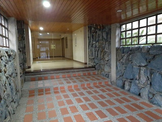 Apartamento Distrito Metropolitano>Caracas>Manzanares - Venta:76.000 Precio Referencial - codigo: 20-10653