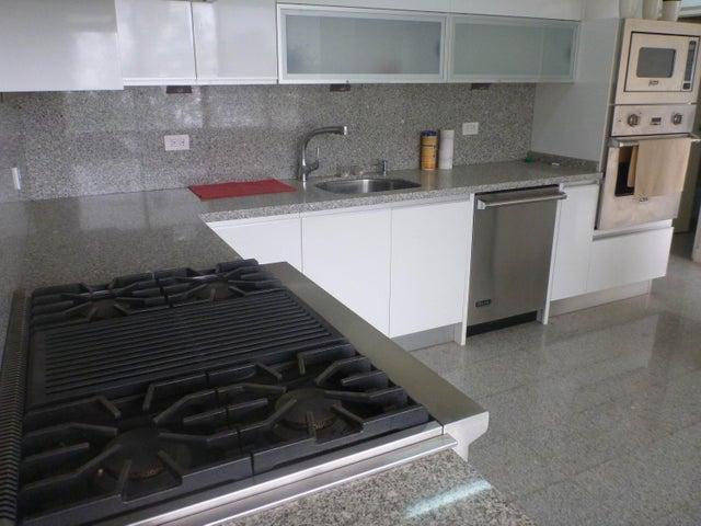 Apartamento Distrito Metropolitano>Caracas>La Lagunita Country Club - Venta:450.000 Precio Referencial - codigo: 20-2471