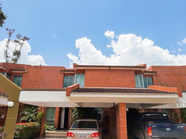 Townhouse Carabobo>Municipio Naguanagua>Manongo - Venta:180.000 Precio Referencial - codigo: 20-1431