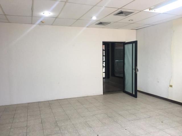 Local Comercial Falcon>Punto Fijo>Puerta Maraven - Venta:12.000 Precio Referencial - codigo: 20-1628