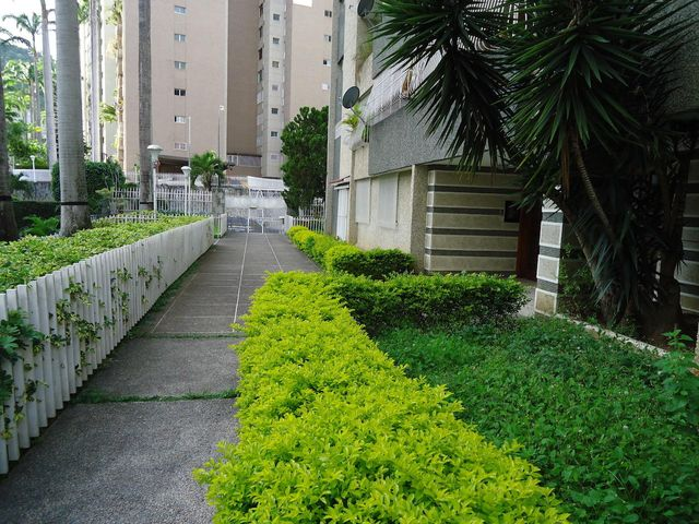 Apartamento Distrito Metropolitano>Caracas>Santa Fe Sur - Venta:115.000 Precio Referencial - codigo: 20-75
