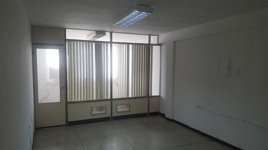 Local Comercial Zulia>Maracaibo>Avenida Bella Vista - Alquiler:100 Precio Referencial - codigo: 20-1664