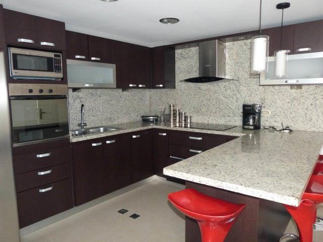 Apartamento Distrito Metropolitano>Caracas>Bosques de la Lagunita - Venta:38.000 Precio Referencial - codigo: 20-1822