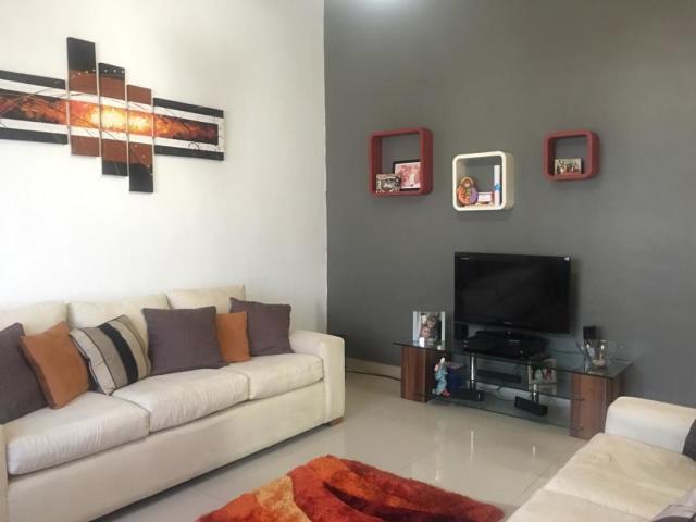 Casa Falcon>Punto Fijo>Puerta Maraven - Venta:38.000 Precio Referencial - codigo: 20-1860