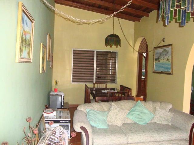 Casa Lara>Cabudare>Valle Hondo - Venta:23.000 Precio Referencial - codigo: 20-2179