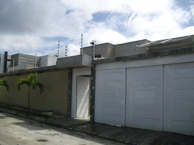 Casa Distrito Metropolitano>Caracas>Lomas de La Lagunita - Venta:550.000 Precio Referencial - codigo: 20-2399