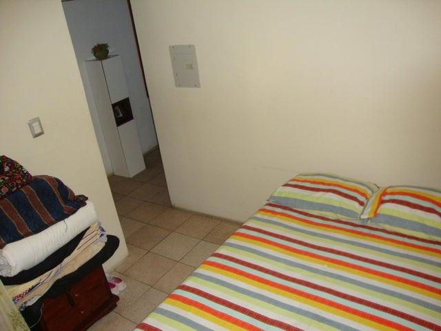 Local Comercial Lara>Barquisimeto>Zona Este - Venta:40.000 Precio Referencial - codigo: 20-2531