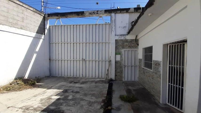 Galpon - Deposito Yaracuy>Sabana de Parra>Jose A Paez - Venta:16.000 Precio Referencial - codigo: 20-2854