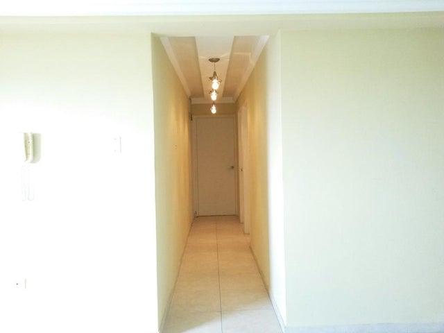 Apartamento Zulia>Maracaibo>Fuerzas Armadas - Alquiler:100 Precio Referencial - codigo: 20-2884