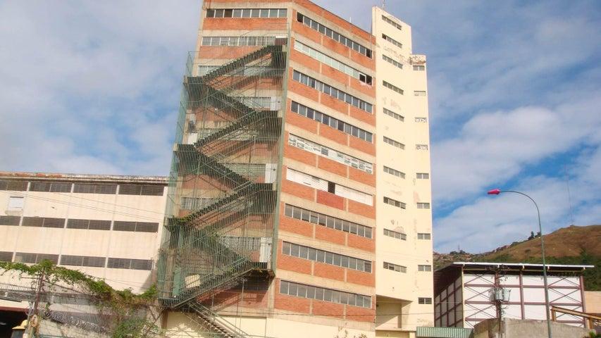 Local Comercial Distrito Metropolitano>Caracas>La Yaguara - Alquiler:650 Precio Referencial - codigo: 20-3255