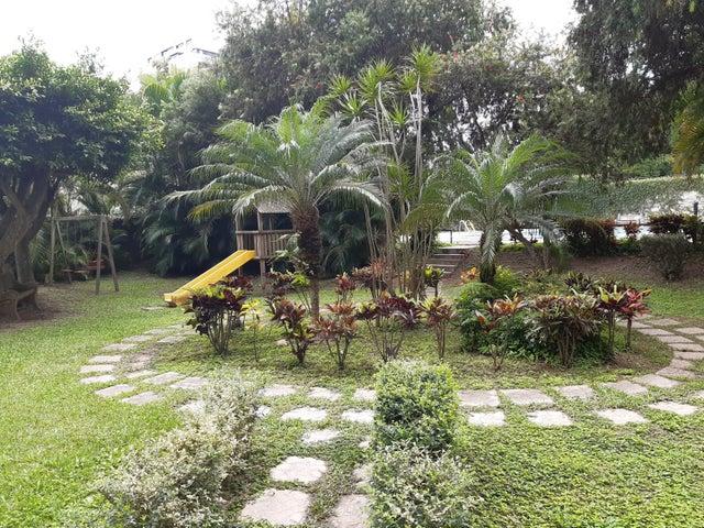 Apartamento Distrito Metropolitano>Caracas>La Boyera - Venta:98.000 Precio Referencial - codigo: 20-4442