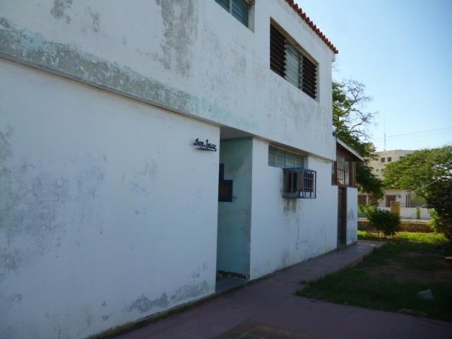 Casa Falcon>Punto Fijo>Casacoima - Venta:58.000 Precio Referencial - codigo: 20-3887