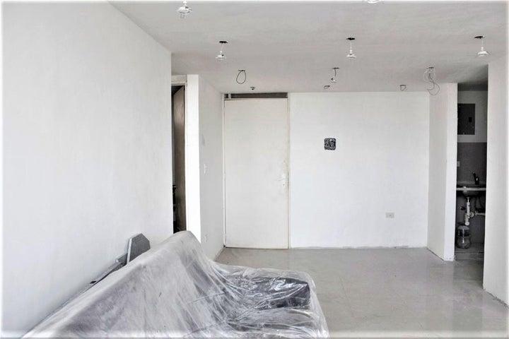 Apartamento Vargas>Parroquia Caraballeda>La Llanada - Venta:21.000 Precio Referencial - codigo: 20-3932