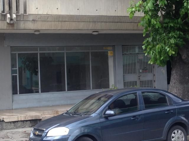 Local Comercial Lara>Barquisimeto>Parroquia Catedral - Alquiler:500 Precio Referencial - codigo: 20-4216