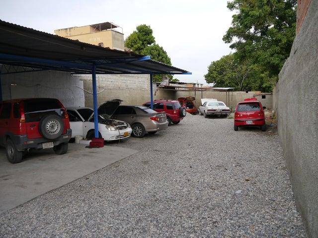 Terreno Lara>Barquisimeto>Centro - Venta:100.000 Precio Referencial - codigo: 20-4120