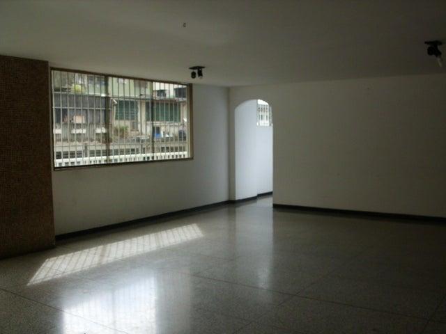 Apartamento Distrito Metropolitano>Caracas>Los Palos Grandes - Venta:130.000 Precio Referencial - codigo: 20-4444