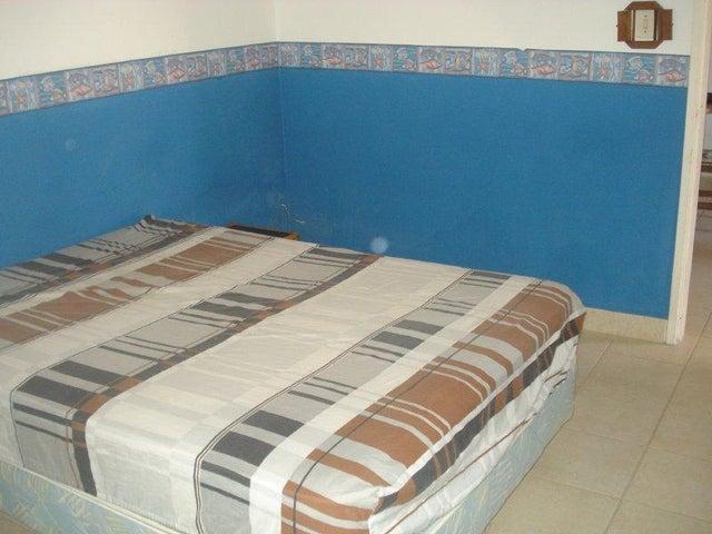 Apartamento Miranda>Rio Chico>Las Mercedes de Paparo - Venta:8.000 Precio Referencial - codigo: 20-4162