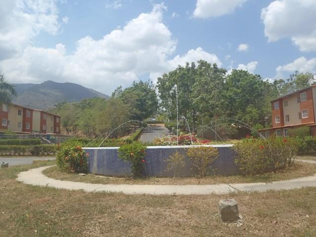 Apartamento Miranda>Guatire>Valle Grande - Venta:20.000 Precio Referencial - codigo: 20-4167