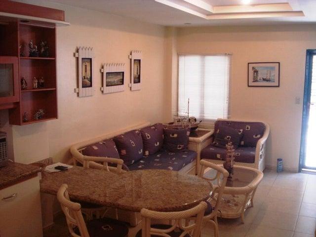 Apartamento Miranda>Higuerote>Puerto Encantado - Venta:55.000 Precio Referencial - codigo: 20-4174