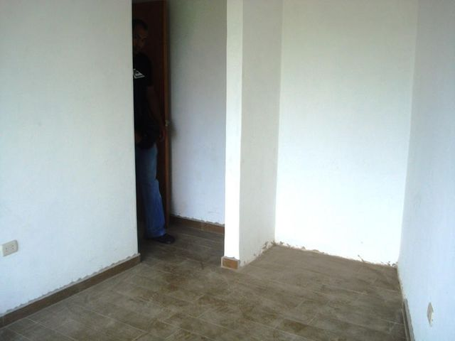 Townhouse Miranda>Higuerote>Higuerote - Venta:60.000 Precio Referencial - codigo: 20-4175