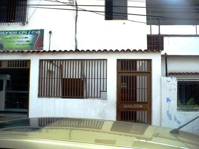 Local Comercial Distrito Metropolitano>Caracas>Municipio Baruta - Venta:200.000 Precio Referencial - codigo: 20-4181