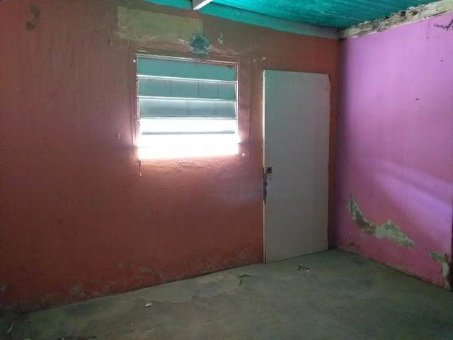 Casa Falcon>Coro>Cruz Verde - Venta:6.000 Precio Referencial - codigo: 20-4231