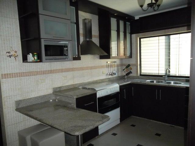 Townhouse Carabobo>Municipio San Diego>Caracaras - Venta:65.000 Precio Referencial - codigo: 20-4225