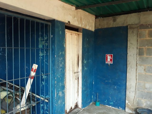 Galpon - Deposito Zulia>Cabimas>Santa Clara - Venta:100.000 Precio Referencial - codigo: 20-4238
