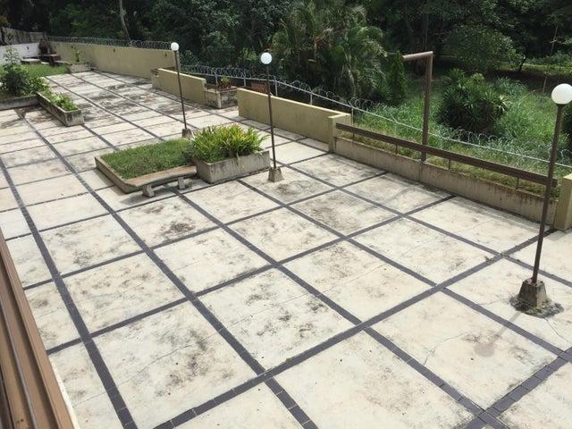 Apartamento Distrito Metropolitano>Caracas>Terrazas del Avila - Venta:53.000 Precio Referencial - codigo: 20-4236