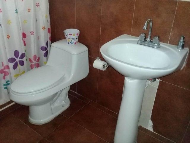Apartamento Aragua>Maracay>Coropo - Venta:22.000 Precio Referencial - codigo: 20-4263