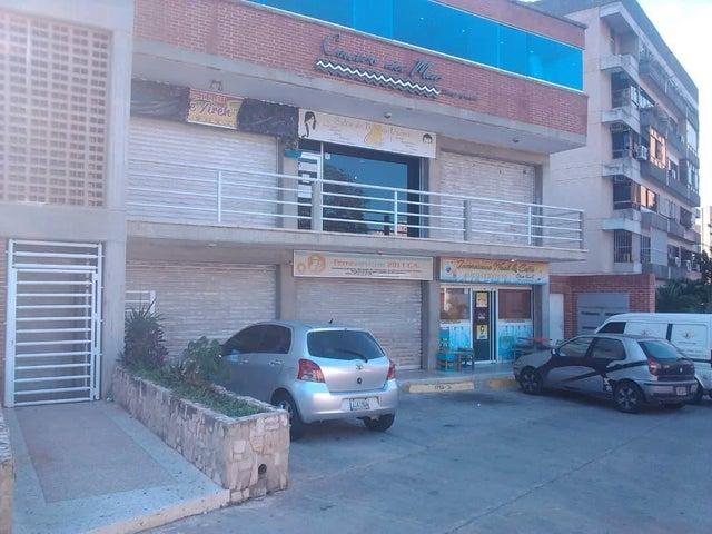 Local Comercial Vargas>Catia La Mar>Playa Grande - Venta:45.000 Precio Referencial - codigo: 20-4417