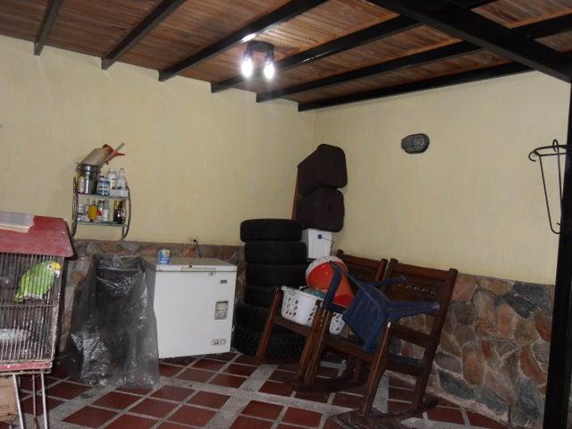 Townhouse Carabobo>Municipio Naguanagua>Tazajal - Venta:55.000 Precio Referencial - codigo: 20-4365