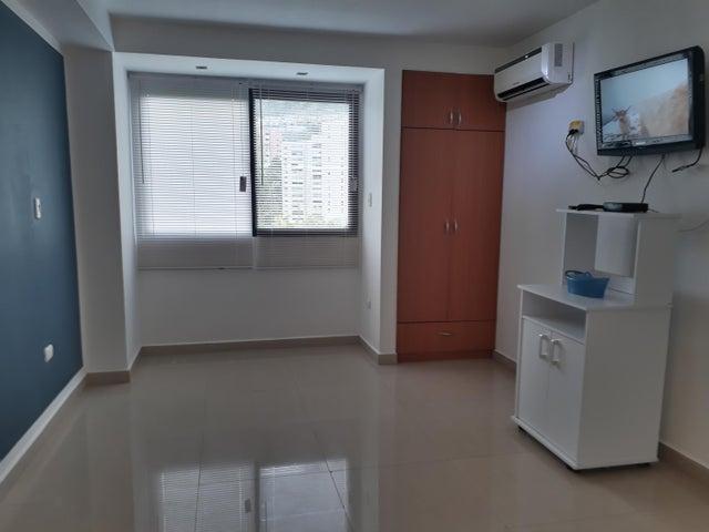 Apartamento Distrito Metropolitano>Caracas>La Boyera - Venta:48.000 Precio Referencial - codigo: 20-4414
