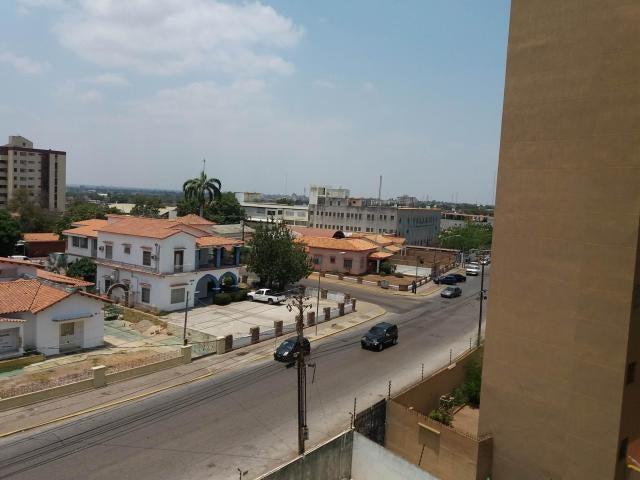 Apartamento Zulia>Maracaibo>Santa Maria - Venta:18.000 Precio Referencial - codigo: 20-4434