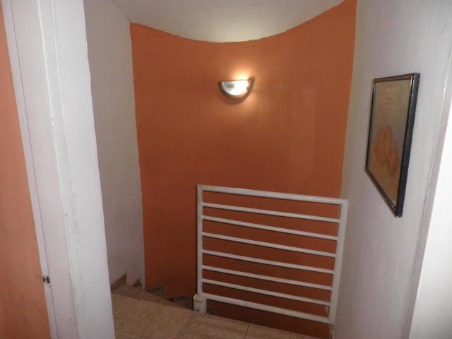 Townhouse Carabobo>Municipio Naguanagua>La Entrada - Venta:19.500 Precio Referencial - codigo: 20-4496