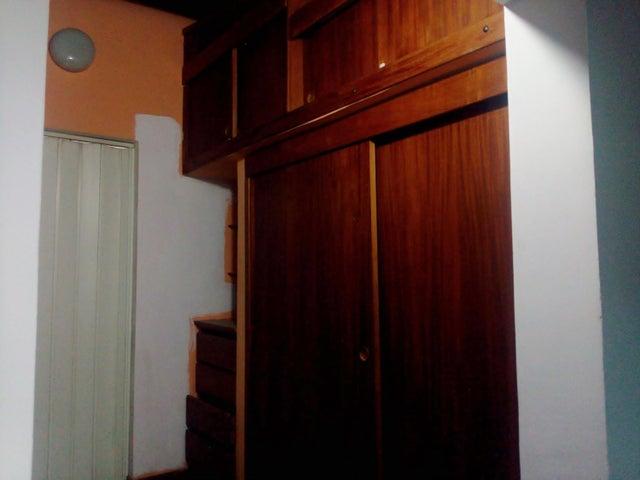 Casa Aragua>Cagua>Ciudad Jardin - Venta:18.000 Precio Referencial - codigo: 20-4514