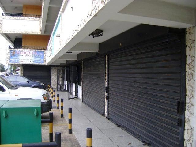 Local Comercial Zulia>Municipio San Francisco>Zona Industrial - Alquiler:60 Precio Referencial - codigo: 20-4806