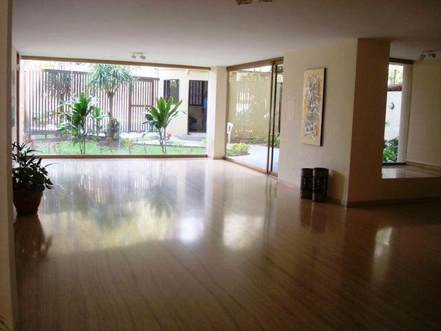 Apartamento Distrito Metropolitano>Caracas>Los Naranjos del Cafetal - Venta:115.000 Precio Referencial - codigo: 20-4844