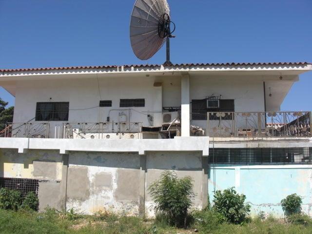 Casa Falcon>Coro>Sector Concordia - Venta:50.000 Precio Referencial - codigo: 20-4988