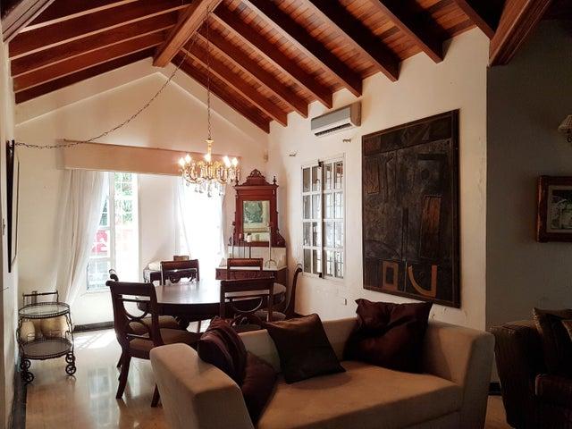 Casa Falcon>Coro>Parcelamiento Santa Ana - Venta:100.000 Precio Referencial - codigo: 20-5032