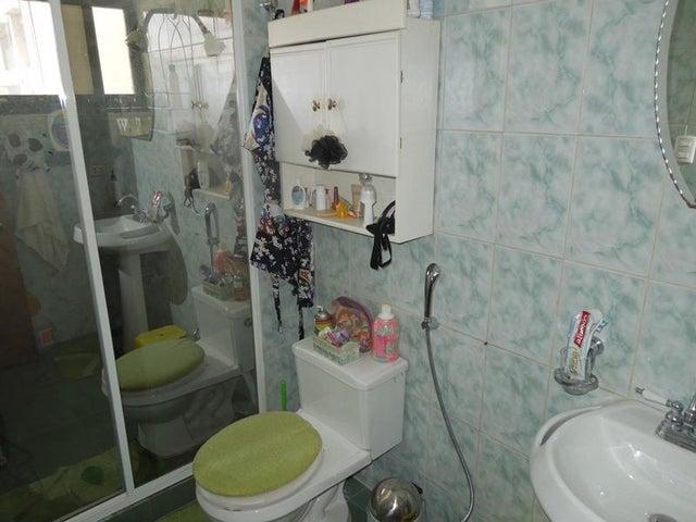 Apartamento Anzoategui>Puerto La Cruz>Sector Aqua Villas - Venta:30.000 Precio Referencial - codigo: 20-5186