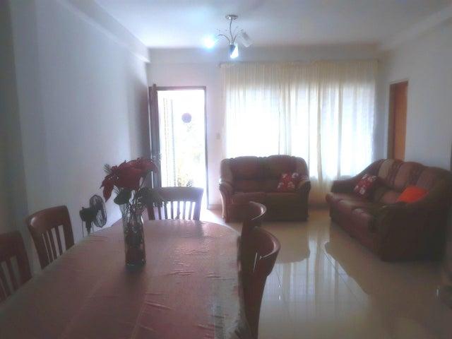 Townhouse Carabobo>Municipio Naguanagua>El Guayabal - Venta:40.000 Precio Referencial - codigo: 20-5218