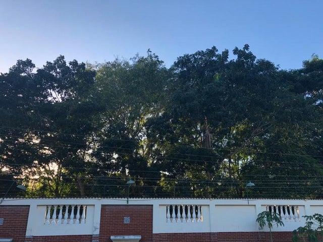 Casa Sucre>Carupano>El Mangle - Venta:170.000 Precio Referencial - codigo: 20-5288
