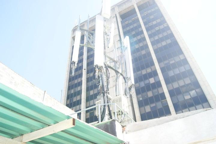 Oficina Distrito Metropolitano>Caracas>Parroquia La Candelaria - Venta:170.000 Precio Referencial - codigo: 20-5381